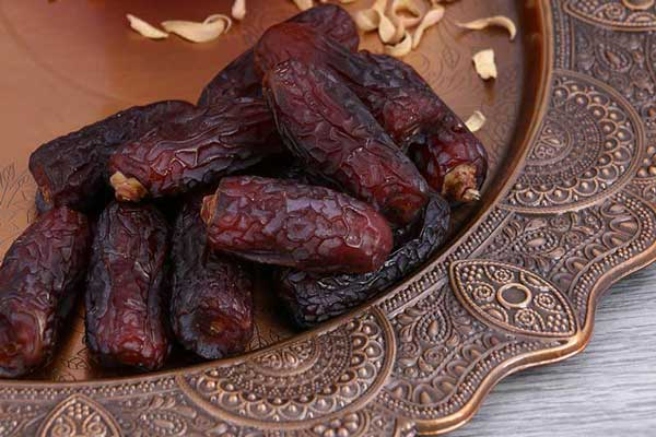 Iranian dates - How to recognize the best Dates fruit? (Tips)